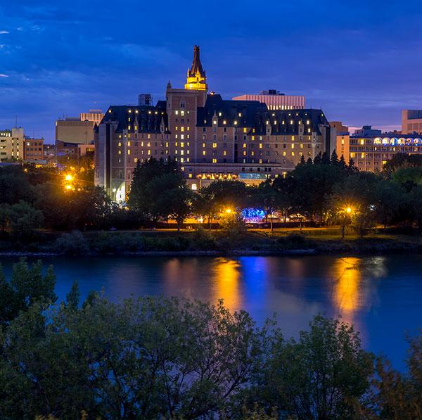 Home Inn Amp Suites Saskatoon South Hotels In Saskatoon Sk